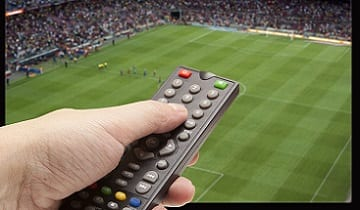 televizor si telecomanda