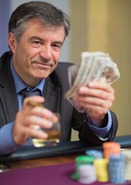 Pariuri poker